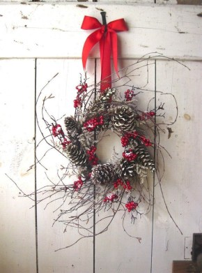 Gorgeous Scandinavian Winter Wreaths Ideas With Natural Spirit 36