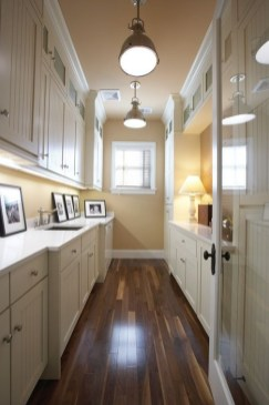 Inexpensive Tiny Laundry Room Design Ideas With Nature Touches 18