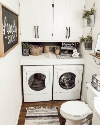 Inexpensive Tiny Laundry Room Design Ideas With Nature Touches 26
