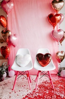 Outstanding Valentine Day Decorations Ideas That You Will Love 37