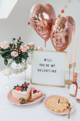 Outstanding Valentine Day Decorations Ideas That You Will Love 42