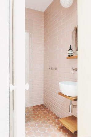 Sophisticated Pink Colors Design Ideas To Transform Your Bathroom 07