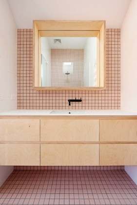 Sophisticated Pink Colors Design Ideas To Transform Your Bathroom 33