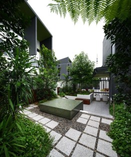 Spectacular Stepping Park House Design Ideas With Green Space Concept 48