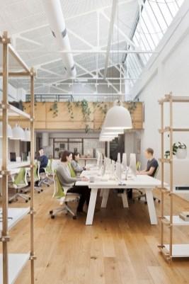 Splendid Workspaces Design Ideas That Mom Will Love 16
