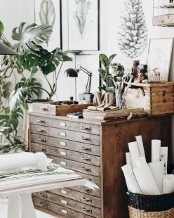 Splendid Workspaces Design Ideas That Mom Will Love 48