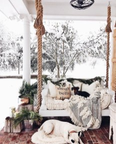 Superb Outdoor Winter Decor Ideas That Refresh Your Feel 41