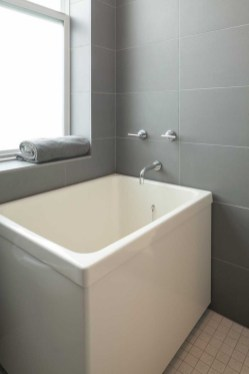Adorable Japanese Soaking Bathtubs Design Ideas That Will Inspire You 18