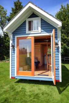 Adorable Tiny Houses Design Idea With 160 Square Feet That You Need To Try 34