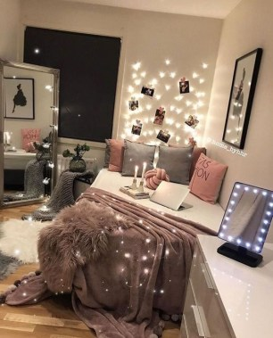 Beautiful Girl Bedroom Design Ideas That Looks So Charming 35