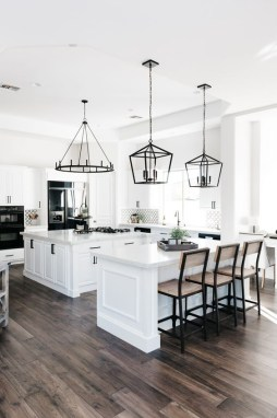 Best White Kitchen Design Ideas That You Need To Copy 15