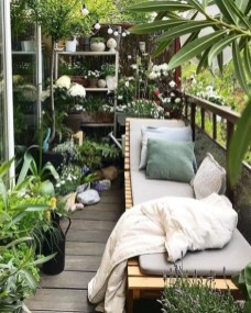 Comfy Balcony Design Ideas To Try Right Now 49