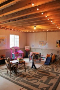 Cozy Basement Renovations Design Ideas For Kids Room That Looks So Awesome 22
