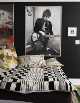 Cozy Bedroom Design Ideas With Music Themed That Everyone Will Like It 20