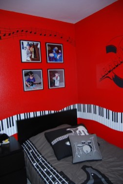 Cozy Bedroom Design Ideas With Music Themed That Everyone Will Like It 29