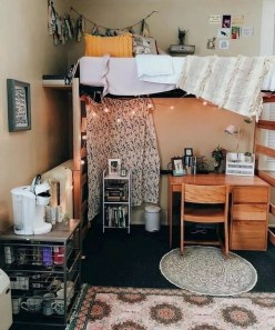 Cozy Dorm Room Design Ideas That Looks More Awesome 32