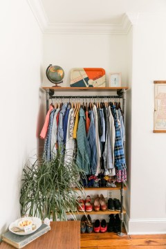 Modern Clothing Racks Design Ideas For Narrow Space To Try Asap 46