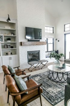 Modern White Apartment Design Ideas To Try Right Now 35