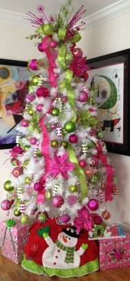 Pretty Pink Winter Tree Decorating Ideas That Looks So Awesome 43
