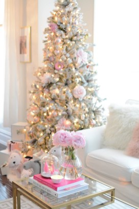 Pretty Pink Winter Tree Decorating Ideas That Looks So Awesome 44