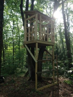 Sparkling Treehouse Design Ideas With Recycled Materials That You Should Have 06