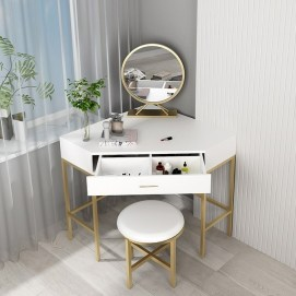 Affordable Home Decoration Ideas With Makeup Vanity That Can Inspire You 31
