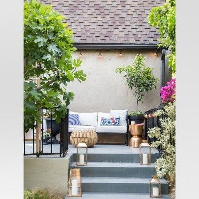 Amazing Classical Terrace Design Ideas To Try This Spring 30