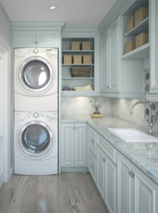 Astonishing Small Laundry Room Design Ideas For Organization To Try 21