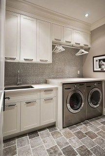 Astonishing Small Laundry Room Design Ideas For Organization To Try 40