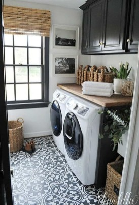 Astonishing Small Laundry Room Design Ideas For Organization To Try 44