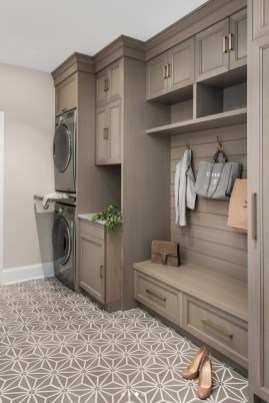 Astonishing Small Laundry Room Design Ideas For Organization To Try 45