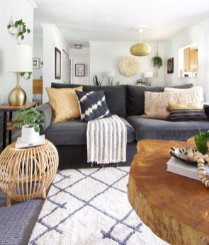 Awesome Living Room Wood Floor Decoration Ideas That You Need To Try 42