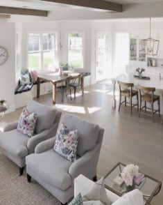 Awesome Living Room Wood Floor Decoration Ideas That You Need To Try 47