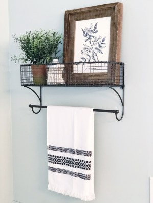 Brilliant Bathroom Wall Décor Ideas That Will Awesome Your Home 27
