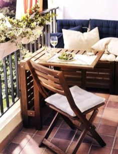 Incredible Small Apartment Balcony Design Ideas On A Budget To Try Asap 12