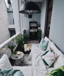 Incredible Small Apartment Balcony Design Ideas On A Budget To Try Asap 47