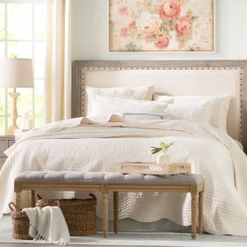 Inexpensive Easter Bedroom Interior Design Ideas That You Need To Know 01