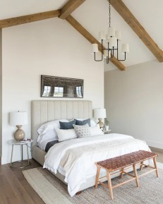 Lovely Attic Apartments Design Ideas With Shabby Chic Styles 02