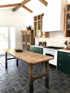 Lovely Floor Kitchen Tile Design Ideas That Make You Amazed 19