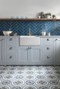 Lovely Floor Kitchen Tile Design Ideas That Make You Amazed 20