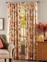 Stunning Bedroom Decoration Ideas With Flower Curtain To Try Right Now 37