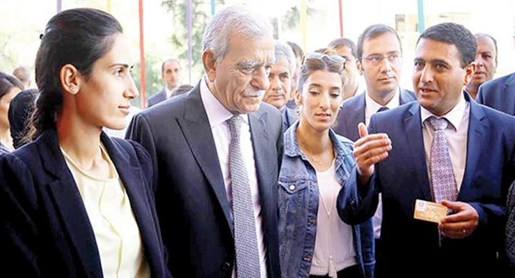ahmet-turk-mardin-mayor-arrested