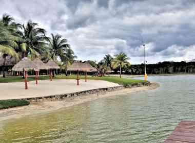community lake front#3