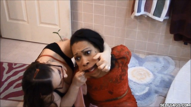 mouth stretching before getting gagged