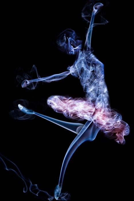 4k Girl Wallpaper フリーイラスト 煙のバレリーナでアハ体験 Gahag 著作権フリー写真・イラスト素材集