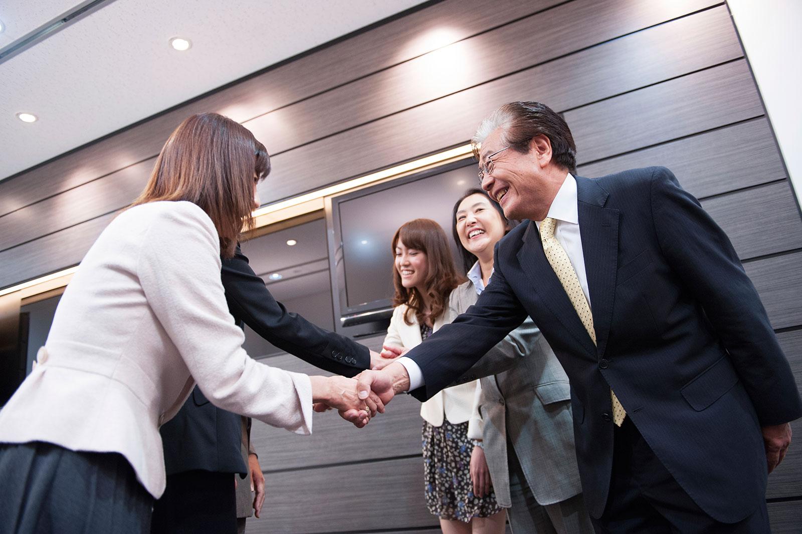 The Art of the Japanese Business Introduction  GaijinPot