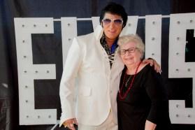2037-Elvis