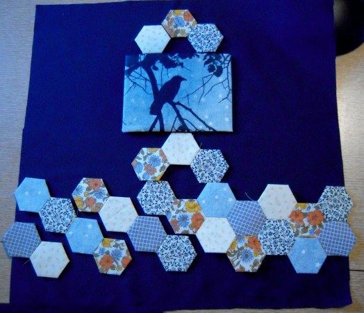 Crow Pillow layout with hexies