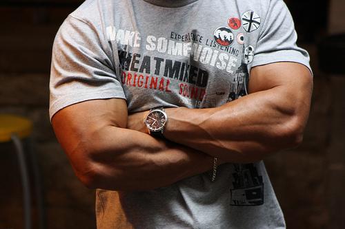 get big, bulk up, get big muscles