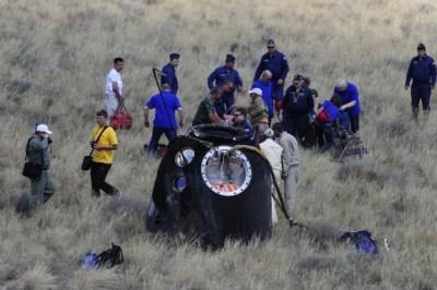 Atterrata in Kazakistan la Soyuz con la expedition 30/31